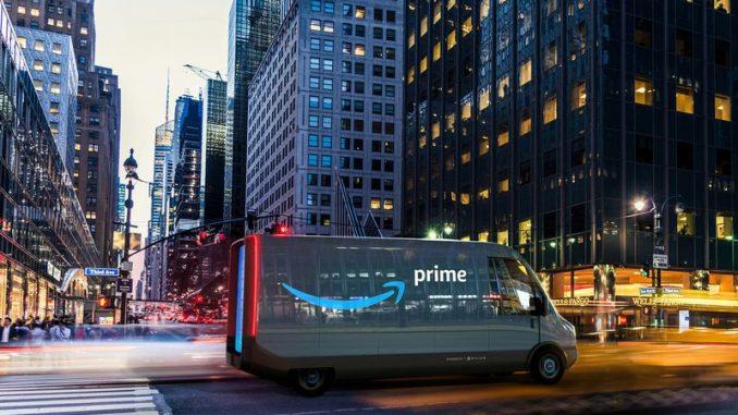 Camionetas eléctricas Rivian de mensajería para Amazon