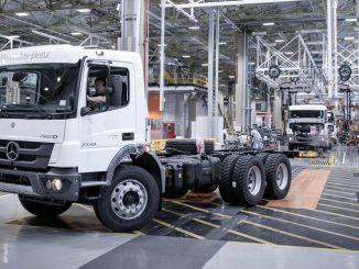 Industria de camiones de Mercedes Benz