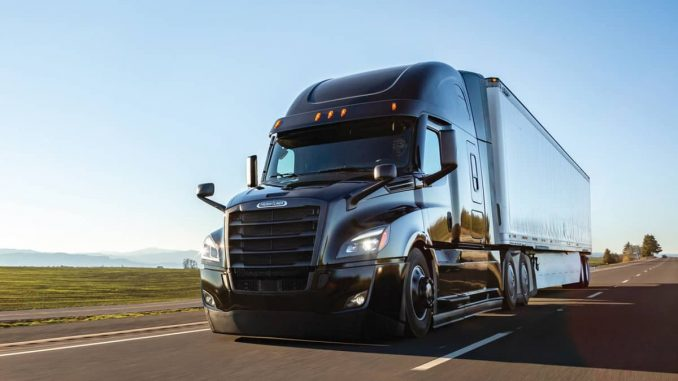 Freightliner-Cascadia-Clase-8