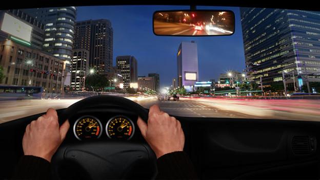 Conduce con cuidado noche 1